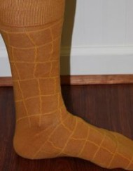 rust patterned socks